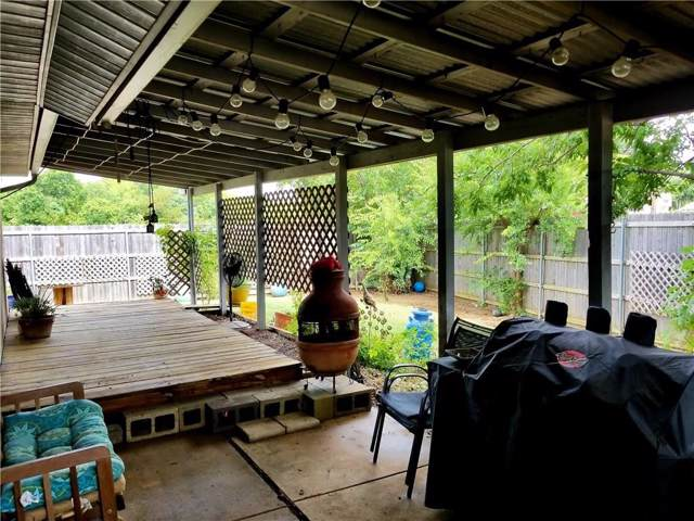 3126 S Holiday Drive, Grand Prairie, TX 75052 (MLS #14125662) :: Lynn Wilson with Keller Williams DFW/Southlake