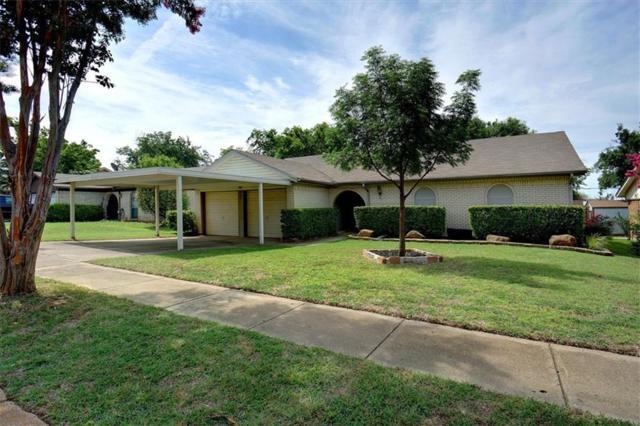 541 Stallion Lane, Saginaw, TX 76179 (MLS #14126324) :: RE/MAX Town & Country