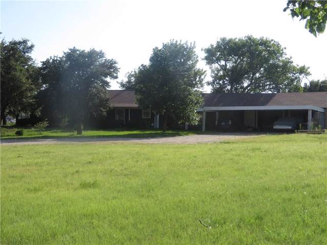 5684 Florence Road, Justin, TX 76247 (MLS #14126532) :: Kimberly Davis & Associates