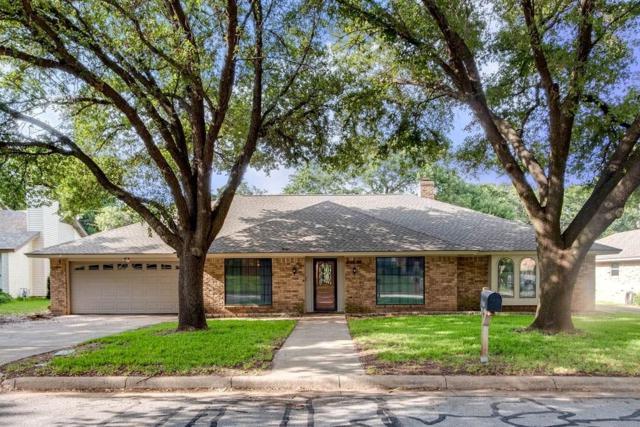 4105 Three Oaks Drive, Arlington, TX 76016 (MLS #14126940) :: Frankie Arthur Real Estate