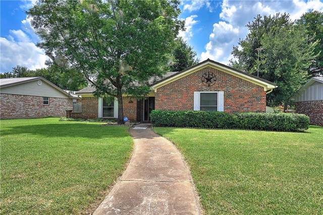 910 Starlight Drive, Sherman, TX 75090 (MLS #14127259) :: RE/MAX Town & Country
