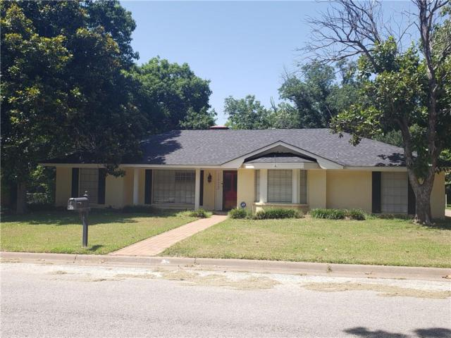 1413 Quail Run, Graham, TX 76450 (MLS #14127821) :: RE/MAX Town & Country