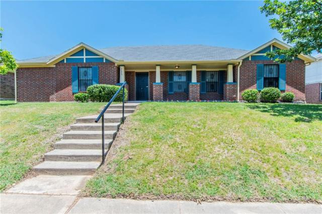 2620 Max Goldblatt Lane, Dallas, TX 75227 (MLS #14128424) :: Lynn Wilson with Keller Williams DFW/Southlake