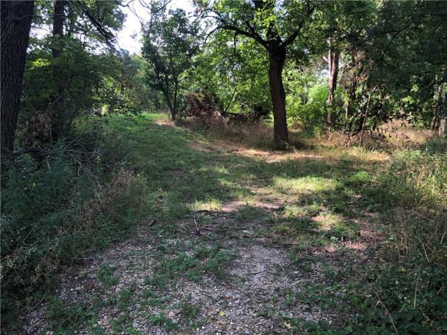 3110 W Jefferson Boulevard, Dallas, TX 75211 (MLS #14129794) :: RE/MAX Town & Country