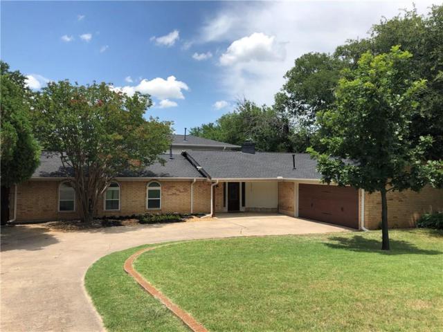 2013 Emerson Lane, Denton, TX 76209 (MLS #14130060) :: RE/MAX Town & Country