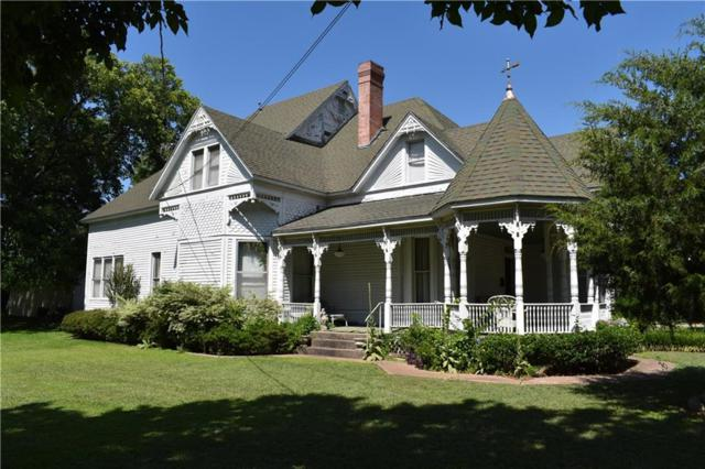 306 E Tarrant Street, Bowie, TX 76230 (MLS #14130606) :: Lynn Wilson with Keller Williams DFW/Southlake