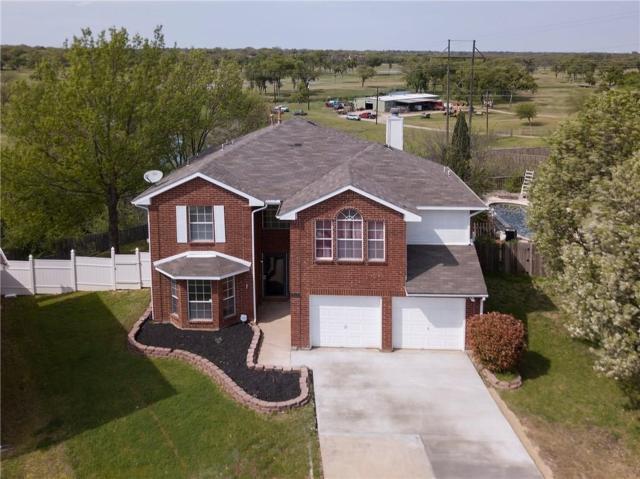 3901 Silver Meadow Lane, Grand Prairie, TX 75052 (MLS #14132917) :: Lynn Wilson with Keller Williams DFW/Southlake