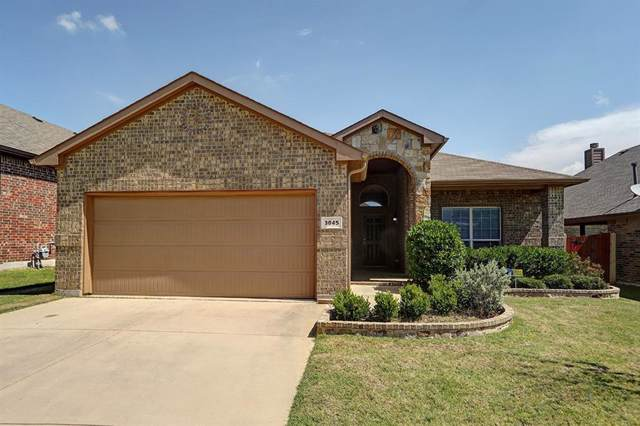 3045 Beaver Creek Drive, Fort Worth, TX 76177 (MLS #14133128) :: RE/MAX Town & Country