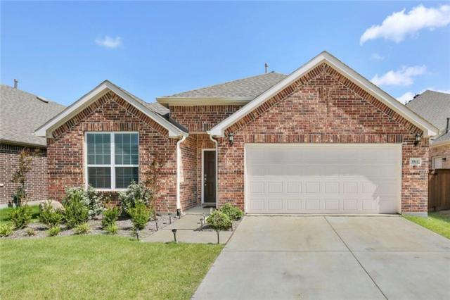 3511 Weyburn Drive, Mansfield, TX 76084 (MLS #14133345) :: RE/MAX Town & Country