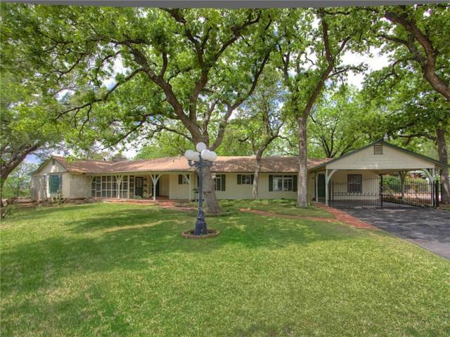 1901 Bluebird Avenue, Fort Worth, TX 76111 (MLS #14133846) :: Lynn Wilson with Keller Williams DFW/Southlake