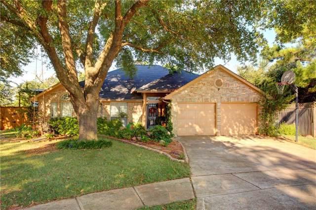 2818 Glen Ridge Drive, Arlington, TX 76016 (MLS #14134368) :: Ann Carr Real Estate