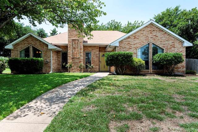 135 N Beltwoods Drive, Desoto, TX 75115 (MLS #14134496) :: Lynn Wilson with Keller Williams DFW/Southlake