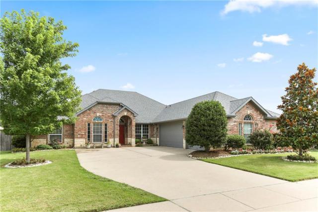 3901 Bridle Oaks Drive, Arlington, TX 76001 (MLS #14135032) :: Kimberly Davis & Associates