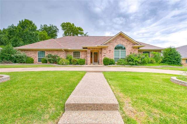906 Hemphill Drive, Cleburne, TX 76033 (MLS #14135107) :: Lynn Wilson with Keller Williams DFW/Southlake