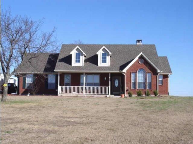 216 Cory, Krum, TX 76249 (MLS #14135143) :: RE/MAX Town & Country