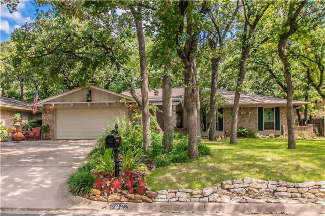 2922 Oak Forest Drive, Grapevine, TX 76051 (MLS #14135199) :: RE/MAX Town & Country