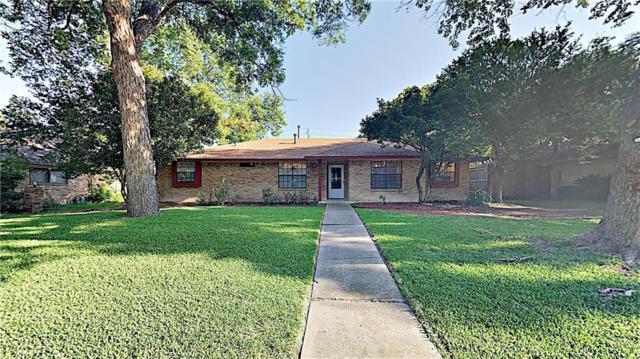 540 Bayberry Lane, Desoto, TX 75115 (MLS #14135301) :: Kimberly Davis & Associates