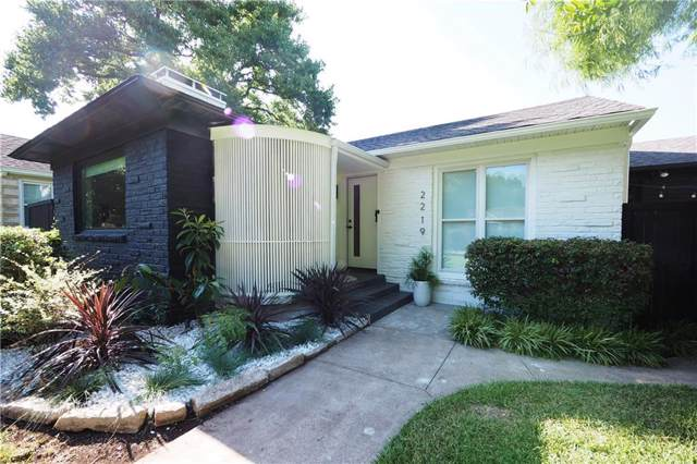 2219 Barberry Drive, Dallas, TX 75211 (MLS #14136091) :: RE/MAX Town & Country
