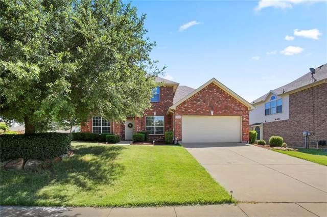 3016 Summerview Drive, Grand Prairie, TX 75052 (MLS #14136310) :: RE/MAX Town & Country