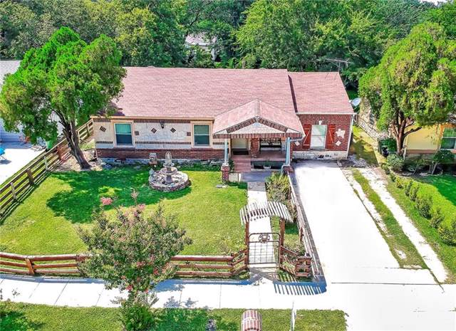 1504 Biggs Terrace, Arlington, TX 76010 (MLS #14136377) :: RE/MAX Town & Country