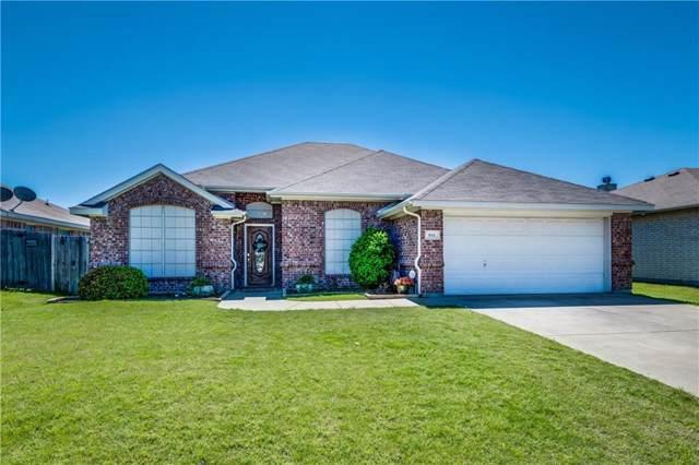 641 Creekview Drive, Burleson, TX 76028 (MLS #14136458) :: RE/MAX Pinnacle Group REALTORS