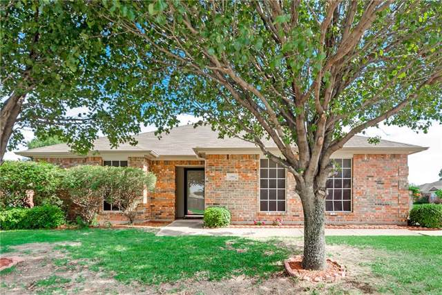 1301 Columbia Drive, Midlothian, TX 76065 (MLS #14136606) :: RE/MAX Town & Country