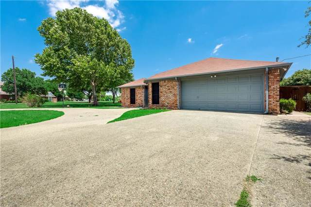 415 Creekside Drive, Crandall, TX 75114 (MLS #14136648) :: RE/MAX Town & Country