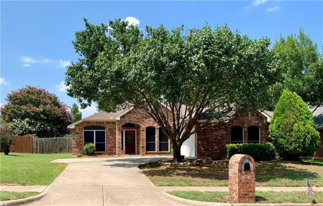 7453 Oak Park Drive, North Richland Hills, TX 76182 (MLS #14136739) :: RE/MAX Town & Country