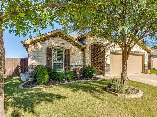 901 Silverthorne Drive, Burleson, TX 76028 (MLS #14136756) :: RE/MAX Town & Country