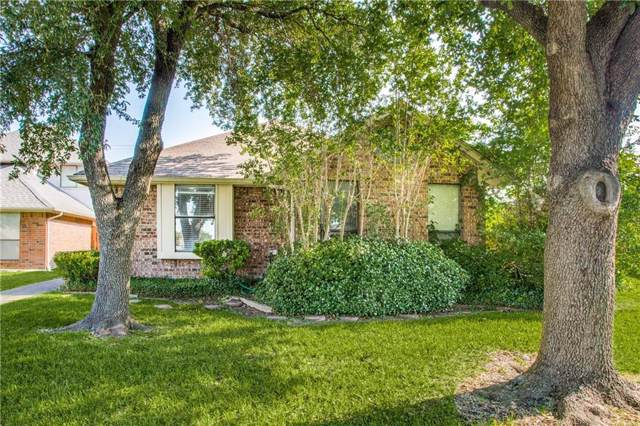 1561 Copper Meadow Drive, Mesquite, TX 75149 (MLS #14137499) :: RE/MAX Town & Country