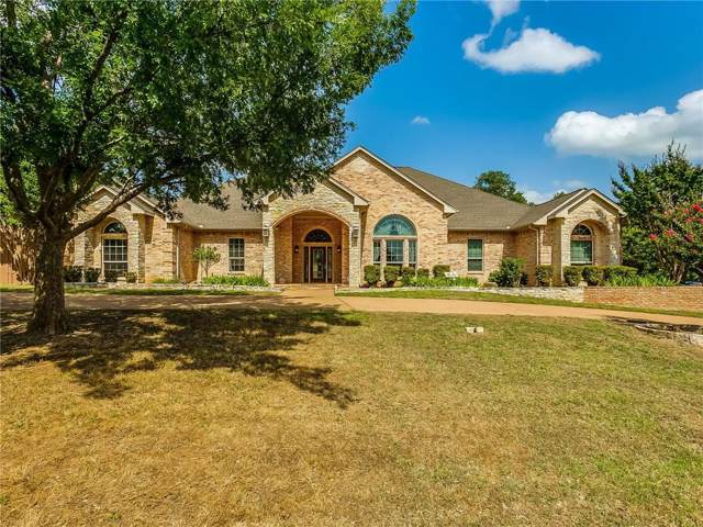 129 Hillside Drive E, Burleson, TX 76028 (MLS #14137502) :: RE/MAX Town & Country