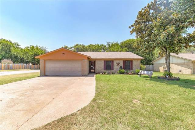 1201 Davis Street, Cleburne, TX 76033 (MLS #14137654) :: Lynn Wilson with Keller Williams DFW/Southlake