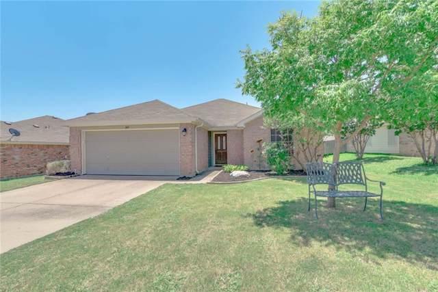 809 Edgehill Road, Burleson, TX 76028 (MLS #14137725) :: Lynn Wilson with Keller Williams DFW/Southlake