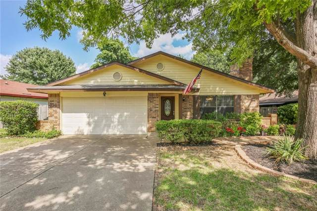 2928 Woodbridge Drive, Bedford, TX 76021 (MLS #14138209) :: RE/MAX Town & Country