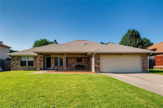 6705 Ridgewood Drive, North Richland Hills, TX 76182 (MLS #14138381) :: RE/MAX Town & Country