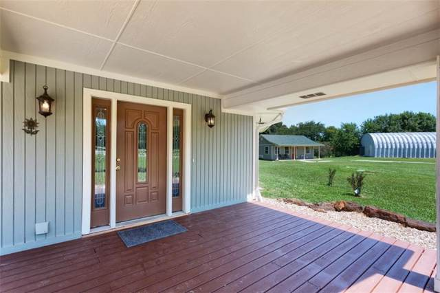655 Pearce Drive, Pottsboro, TX 75076 (MLS #14138478) :: RE/MAX Town & Country