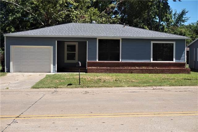 1217 W Crawford Street, Denison, TX 75020 (MLS #14138805) :: RE/MAX Town & Country