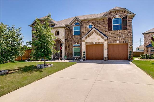 2951 Almansa, Grand Prairie, TX 75054 (MLS #14138954) :: RE/MAX Town & Country