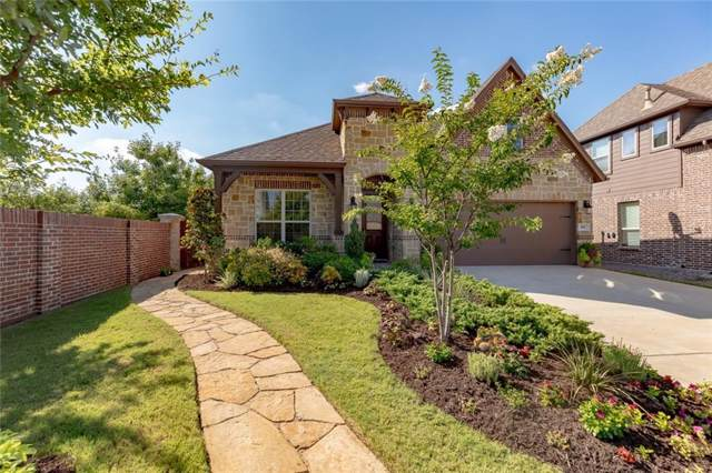 401 Middleton Drive, Roanoke, TX 76262 (MLS #14138986) :: Lynn Wilson with Keller Williams DFW/Southlake