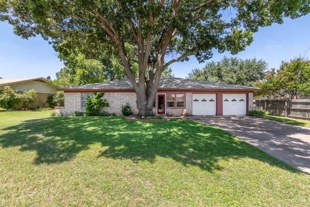 1202 Johnson Street, Benbrook, TX 76126 (MLS #14139035) :: Lynn Wilson with Keller Williams DFW/Southlake