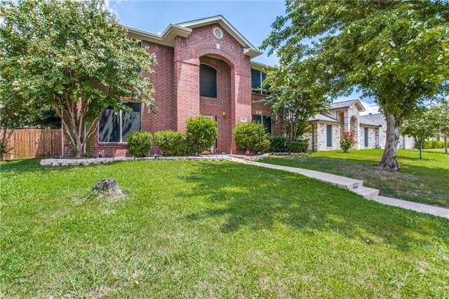 1320 Scott Drive, Cedar Hill, TX 75104 (MLS #14139361) :: Lynn Wilson with Keller Williams DFW/Southlake
