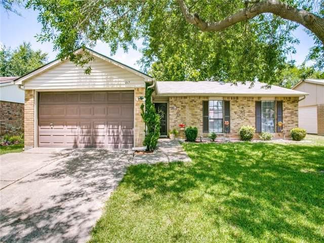 217 Long Canyon Drive, Mesquite, TX 75150 (MLS #14139382) :: Lynn Wilson with Keller Williams DFW/Southlake