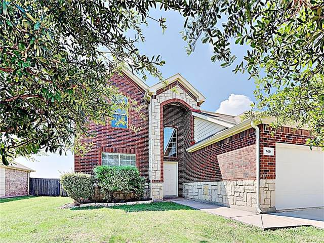 749 W Bend Boulevard, Burleson, TX 76028 (MLS #14139484) :: RE/MAX Pinnacle Group REALTORS