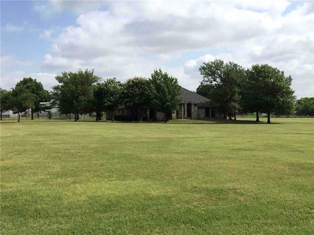 171 Seaborn Road, Ponder, TX 76259 (MLS #14139645) :: Kimberly Davis & Associates