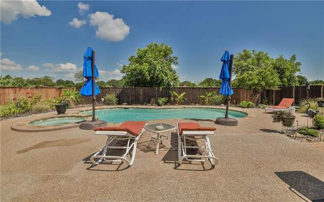 1108 Cliff Swallow Drive, Granbury, TX 76048 (MLS #14139694) :: Kimberly Davis & Associates