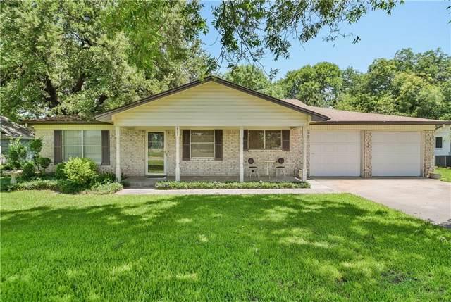 405 Casas Del Sur, Granbury, TX 76049 (MLS #14139752) :: Lynn Wilson with Keller Williams DFW/Southlake