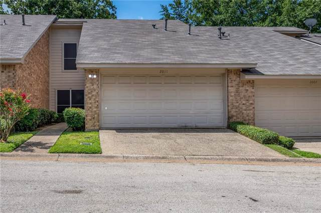 2011 Villa Drive, Tyler, TX 75703 (MLS #14140058) :: RE/MAX Town & Country