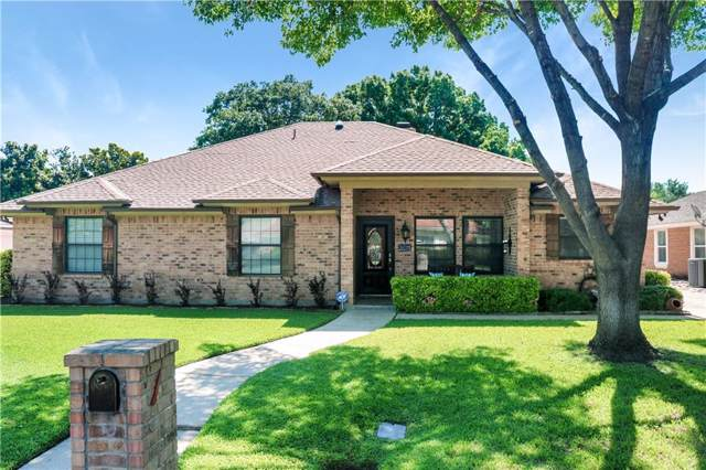 4213 Lake Vista Drive, Benbrook, TX 76132 (MLS #14140088) :: RE/MAX Town & Country