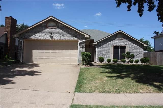 4935 Garden Grove Road, Grand Prairie, TX 75052 (MLS #14140196) :: RE/MAX Pinnacle Group REALTORS