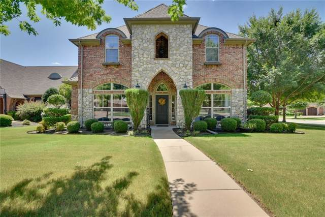 2100 Castle Creek Drive, Mansfield, TX 76063 (MLS #14140411) :: RE/MAX Town & Country